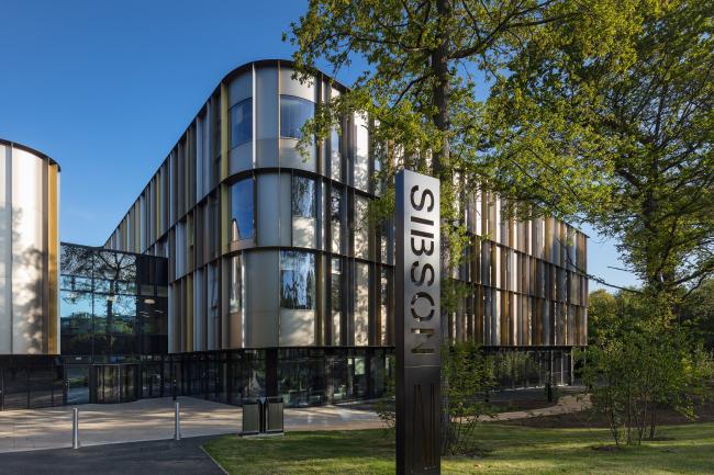 Корпус Сибсон-билдинг Кентского университета, Кентербери.  Penoyre & Prasad. Фотография © Quintin Lake