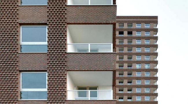 Westkaai Towers 5 & 6, Belgium © Filip Dujardin