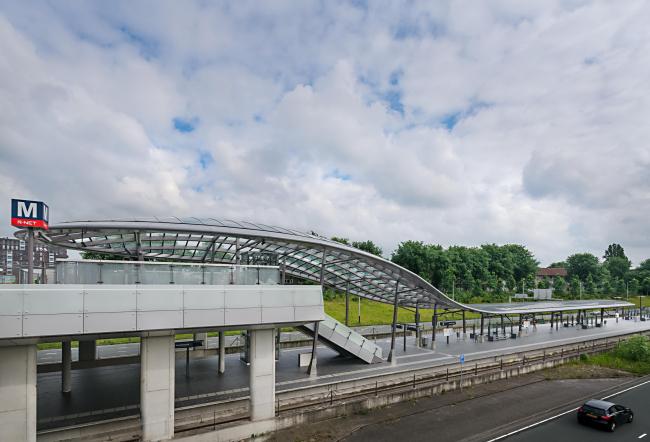 Станции линии метро «Север – Юг». Станция «Нордерпарк». Фото © Jannes Linders