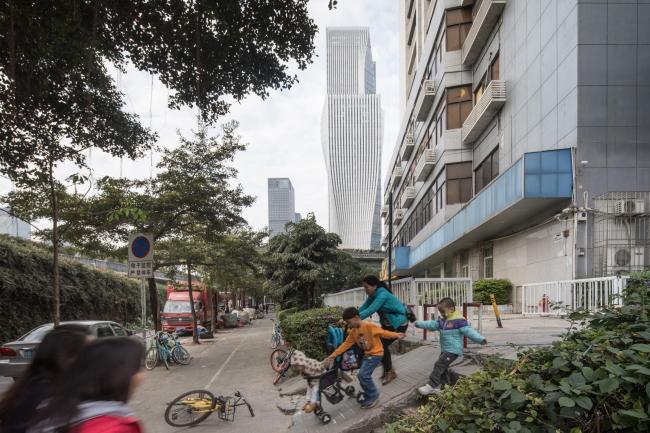 Здание компании Shenzhen Energy. Фото © Laurian Ghinitoiu