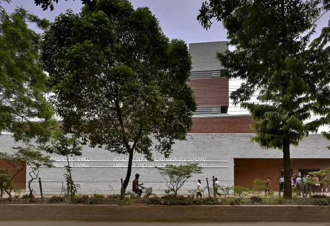Посольство Германии и Франции в Бангладеш © Amit Pasricha