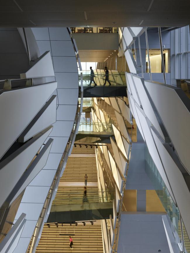 Комплекс Kolon One & Only Tower. Фото © Roland Halbe, предоставлено Morphosis Architects