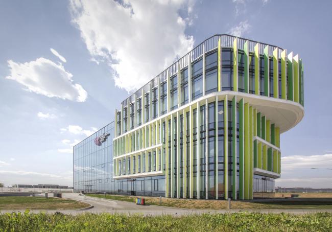 Диагностический корпус клиники Хадасса в ММК Сколково. Фотография © АБ Асадова, постройка, 2018