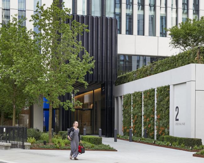 Офисный комплекс London Wall Place © Make Architects