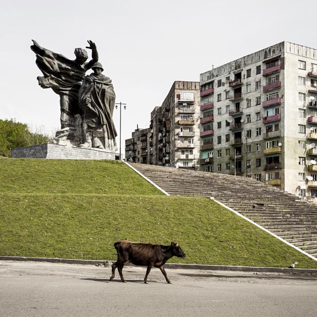 Мемориал воинской славы и жилые здания в Чиатуре © Stefano Perego