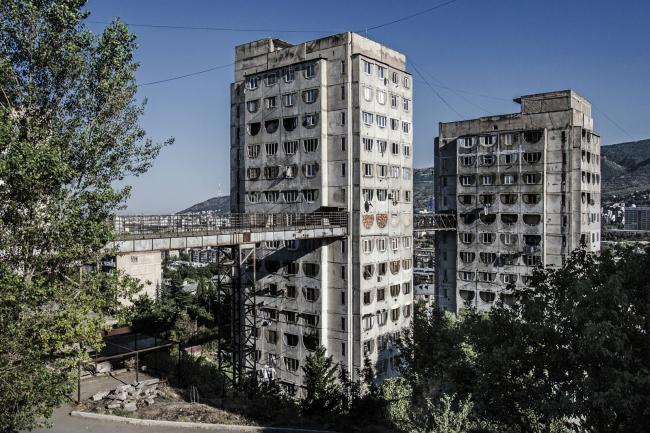 Жилой массив в Тбилиси (1976). Архитекторы: Отар Каландаришвили, Гизо Поцхишвили © Roberto Conte