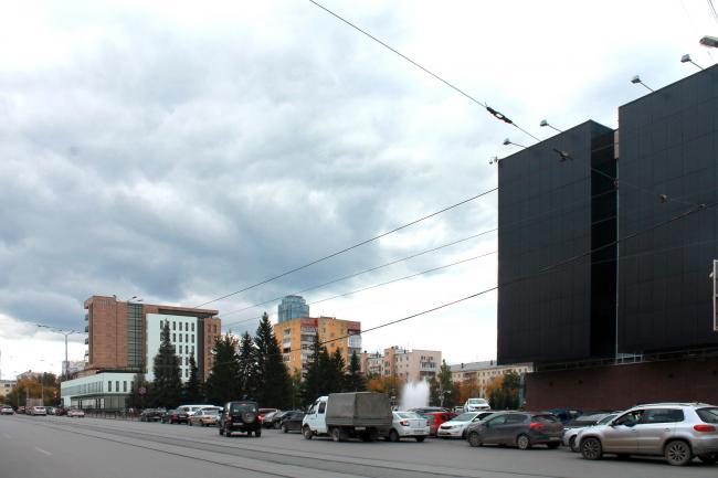 Гостиница на площади Советской Армии. Вид по ул. Луначарского © АБ Center