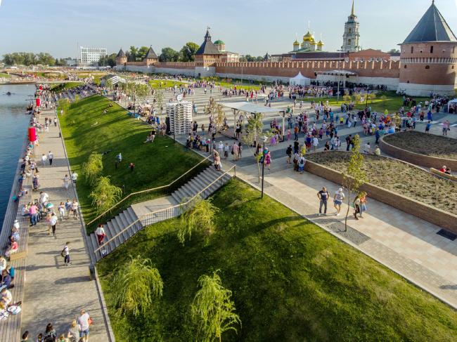 Реконструкция набережной реки Упы, Тула. 2017-2018 © WOWHAUS, Фотография © Олег Леонов, Департамент капремонта Москвы