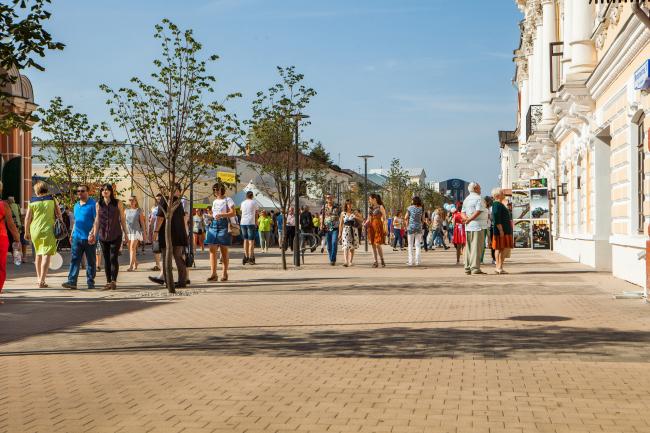 Улица Металлистов после реконструкции. Реконструкция набережной реки Упы, Тула. 2017-2018 © WOWHAUS