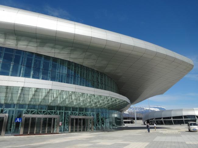 Спортивный центр Natatorium в городе Далянь, Китай. Изображение предоставлено 3A Composites