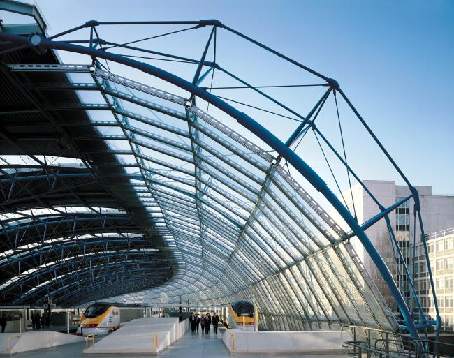 Международный терминал Ватерлоо, Лондон. 1993. Фотография © Jo Reid & John Peck. Предоставлено RIBA
