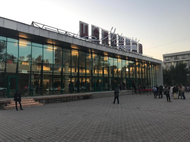 Реконструкция кинотеатра «Целинный» в Алматы под культурный центр, бюро GRACE, Милан. Фото © Анна Броновицкая