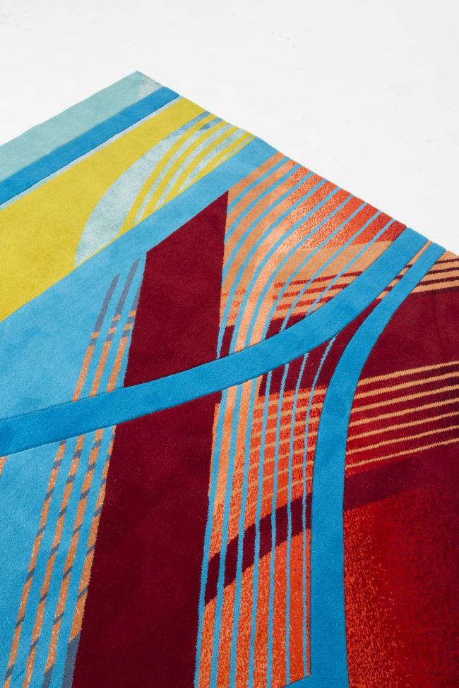 Коллекция RE/Form (Striation). Изображение предоставлено Zaha Hadid Design