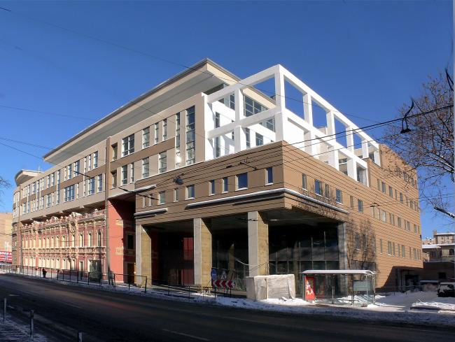 Многофункциональное здание «Школа телевизионного мастерства под руководством В.В.Познера»