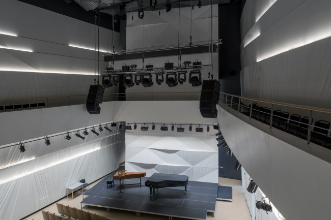 The rehearsal hall. Zaryadye Concert Hall. Photograph © Aleksey Naroditsky