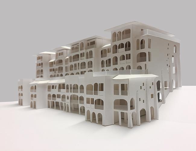 Рекреационный комплекс «Геленджик-Марина»на Тонком мысе в городе-курорте Геленджик. Фотография макета дома © Гинзбург Архитектс