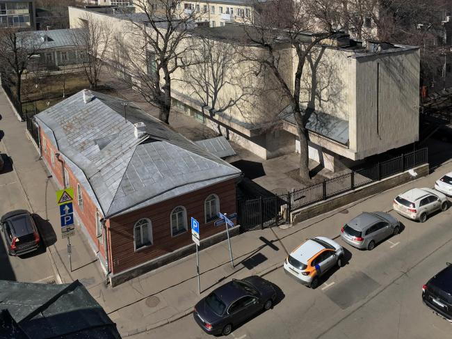 Вид на музей с колокольни церкви. 2015. Фото © Денис Ромодин