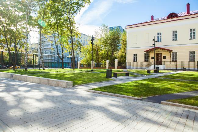 Новый вход в парк Горького со стороны Ленинского проспекта. Фотография: Олег Леонов