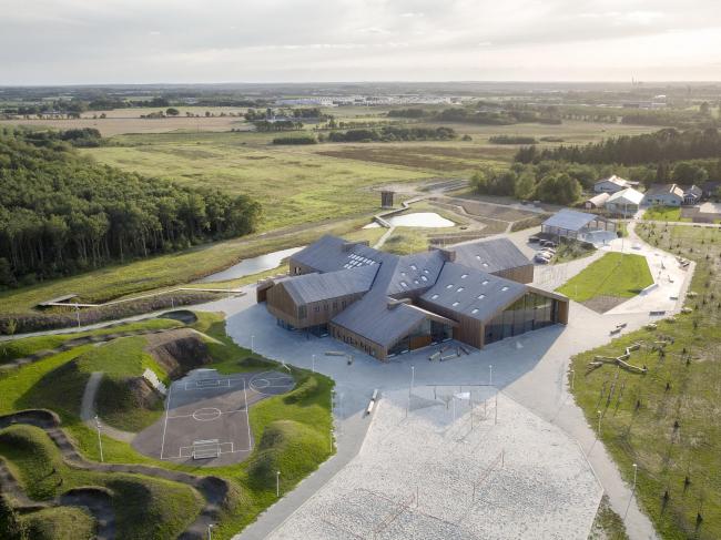Общественный и образовательный центр Hjertet © Adam Mørk