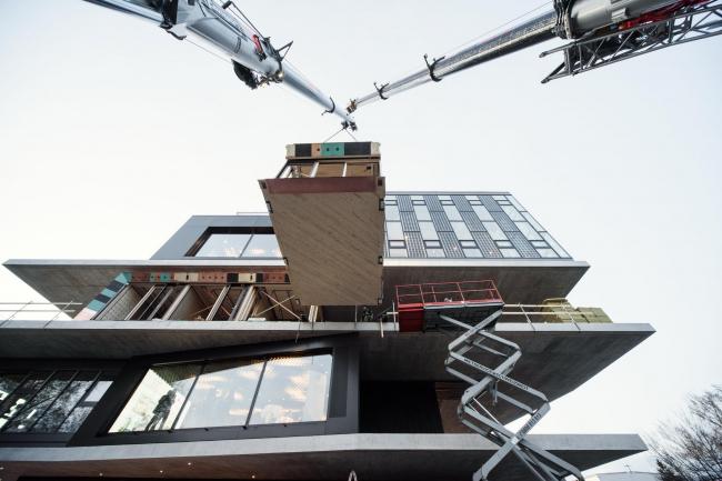 Установка модуля UMAR в здание NEST. Фото © Wojciech Zawarski