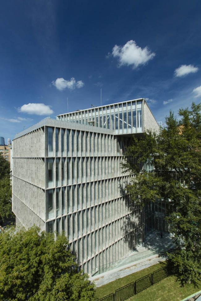 Офисное здание для фармацевтической компании