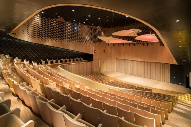 Центр исполнительских искусств Вэйуин. Фото © Iwan Baan