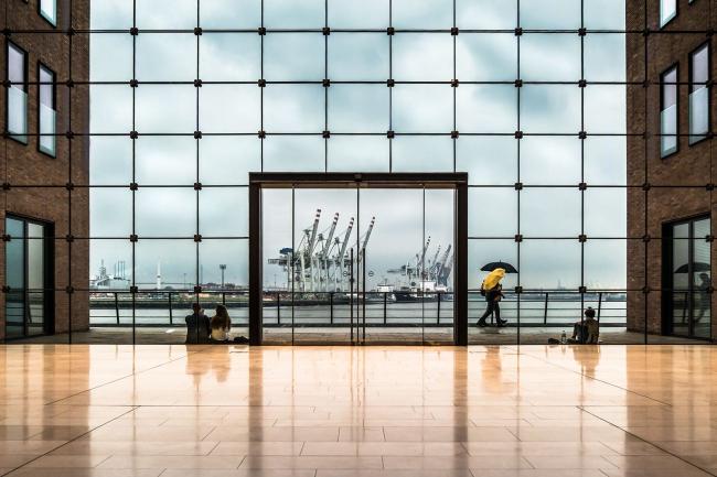 Поощрительная премия SIPA 2018. «Дождливый порт» (Гамбург, Германия) © Уте Шерхаг (Германия) / Ute Scherhag