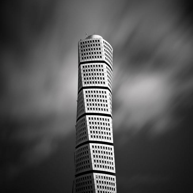 """Поощрительная премия SIPA 2018. """"Башня «Поворачиващийся торс» © Франг Душай (Швеция) / Frang Dushaj"""