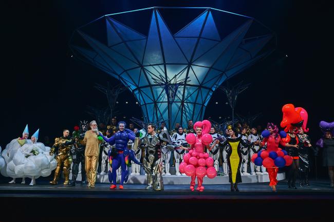 "Stage design of ""The Magic Flute"" in ""Helikon-Opera"". Production designers: Sergey Kuznetsov, Agnia Sterligova. Photograph © Sergey Krotov"