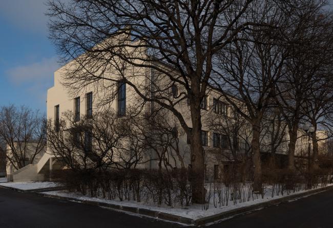 Штаб-квартира музея «Гараж» в парке Горького. FORM. Фотография © Юрий Пальмин