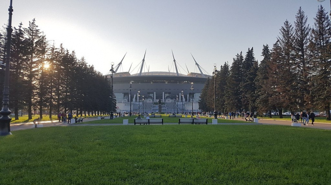 Газпром Арена. Фото: BartFeed via Wikimedia. Лицензия CC BY-SA 4.0