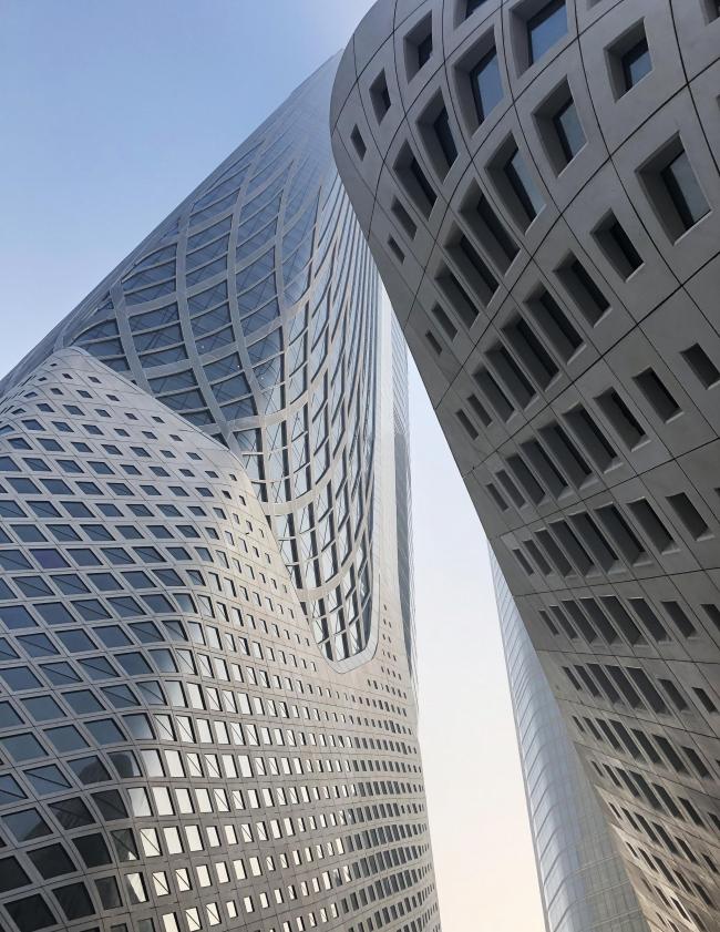 Нанкинский международный юношеский культурный центр. Фото © Zaha Hadid Architects