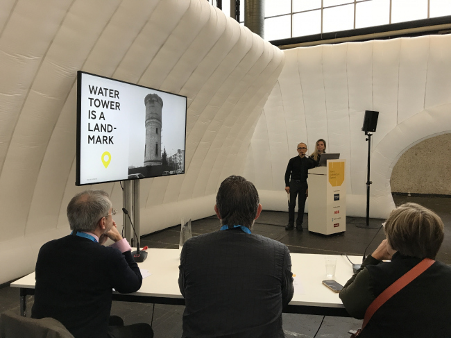 Презентация конкурсного проекта реконструкции водонапорной башни.   Амир Идиатулин. IND architects. WAF-2018. Комплекс RAI. Амстердам. Фотография Елены Петуховой