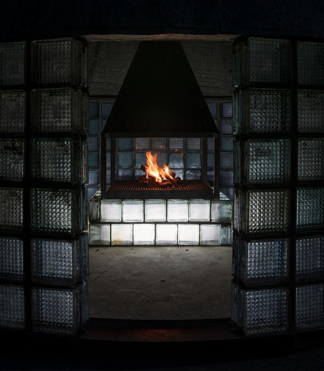 The pavilion of chacha ceremonies; author: Alexander Brodsky, coauthor: Maria Kremer. 2018. Photograph © Olga Sabo