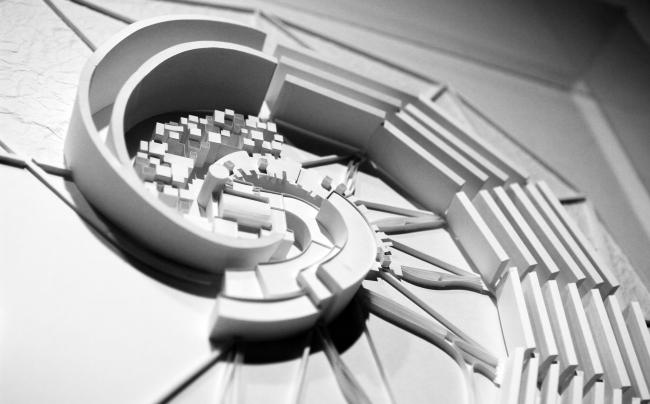 НЭР: Осака, Спираль, 1970. Выставка «НЭР: По следам города будущего. 1959–1977». 2019. Фотография: Юлия Тарабарина, Архи.ру