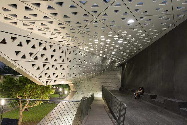 Национальный киноархив / Cineteca National. Фото: Jaime Navarro, предоставлено Rojkind Arquitectos