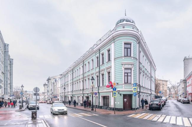 Дом Булошникова, Большая Никитская, 17 стр.1.  Фотография:  Фонд сохранения исторического наследия