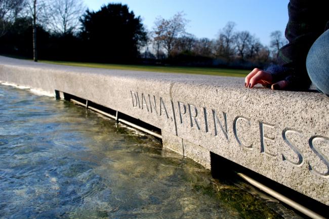 Мемориальный фонтан Дианы, принцессы Уэльской. Фото: Laura LaRose via flickr.com. Лицензия CC BY 2.0