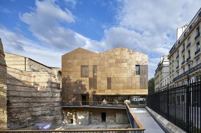 Новый вход и вестибюль музея Клюни © Michel Denancé