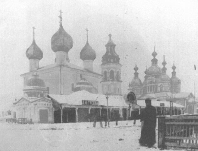 Храмовый ансамбль села Кубенского, историческая фотография