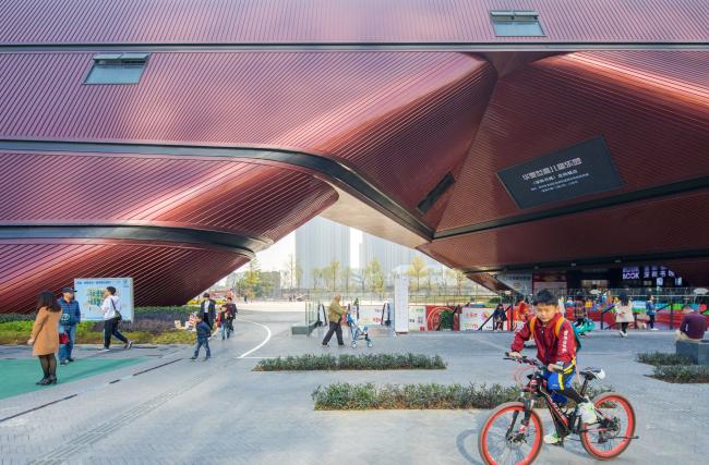 Культурный центр района Лунган. Фото © Zhang Chao
