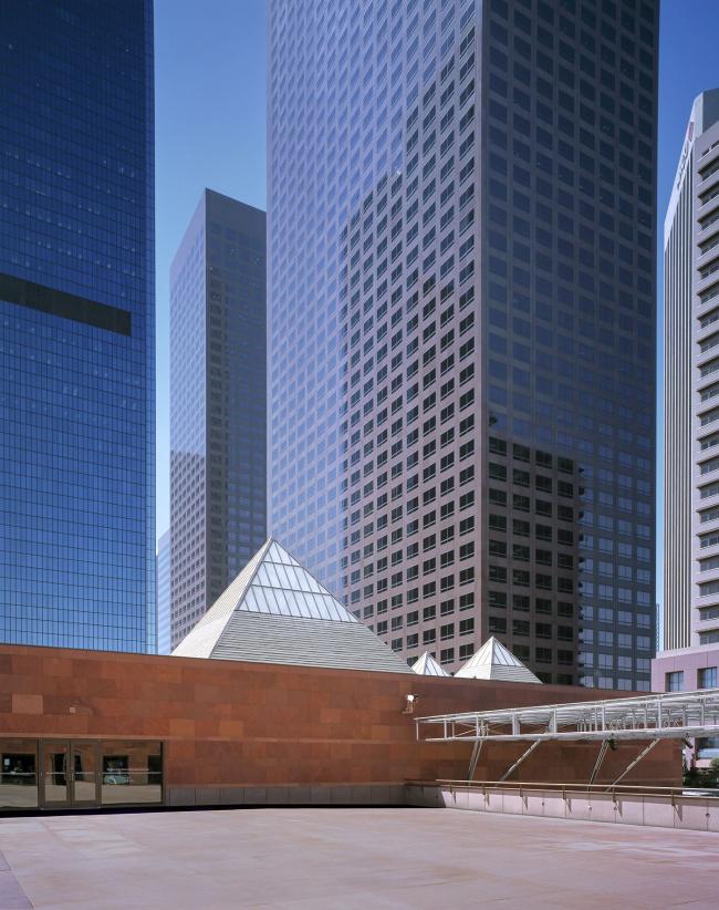 Музей современного искусства MOCA в Лос-Анджелесе. 1986