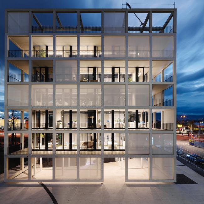 Здание компании C&P