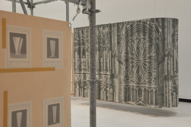 Вид экспозиции «Нерви в процессе создания» в музее MAXXI