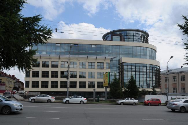 Общественно-деловой комплекс в ЦАО города Омска. Вид со стороны ул. Гагарина
