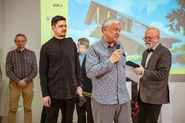 Вручение гран-при Тотану Кузембаеву