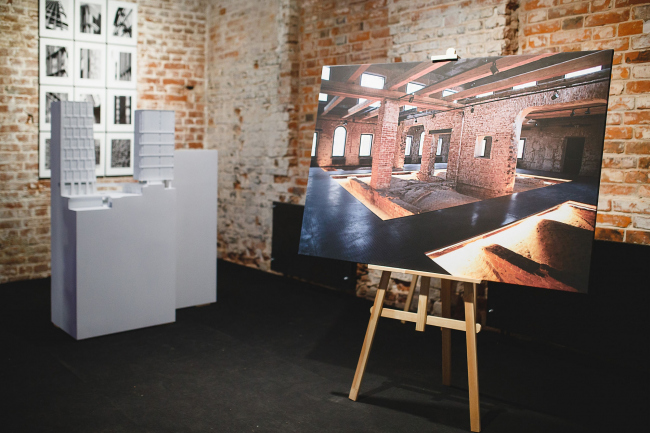 """The collection of designer art objects. Installation inspired by the """"Wings/Ruins"""" Narine Tyutcheva, Rozhdestvekka Architects. The exhibition """"Russian Architecture. The Modern Era"""" in the Schusev State Museum of Architecture"""