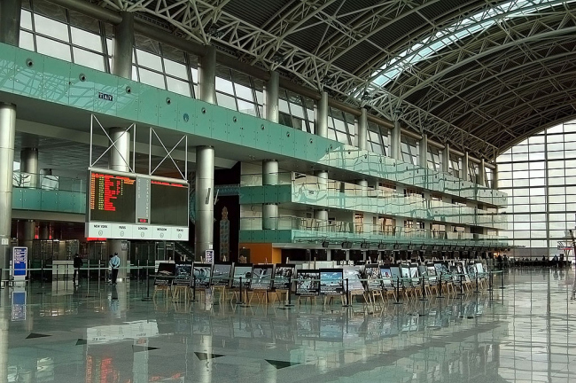 Аэропорт Измира имени Аднана Мендереса