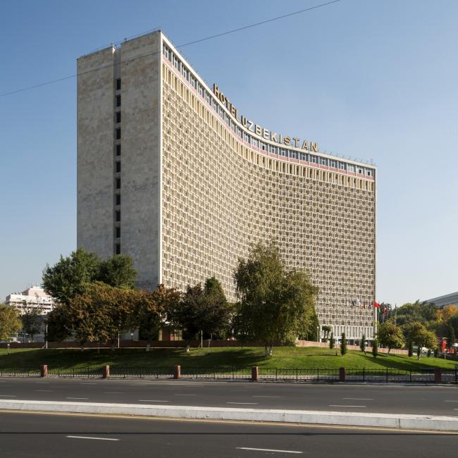 Гостиница «Узбекистан» в Ташкенте. 1974. Архитекторы  И. Мерпорт, Л. Ершова, В. Рощупкин