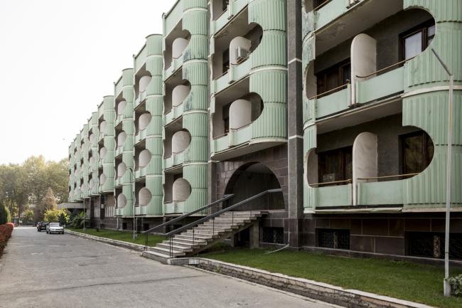 Гостиница «Авесто» в Душанбе. 1984. Архитекторы В. Безлаковский, Л. Пряхина, Л. Мареева